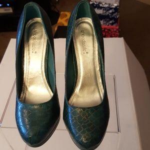 Shoedazzle Turquoise Heels